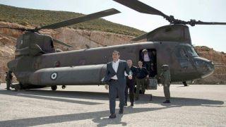 """Ципрас: """"Турецкие самолеты преследовали мой вертолет"""""""