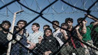 Еврокомиссия выделила 130 млн. евро на строительство закрытых лагерей для мигрантов на трех островах