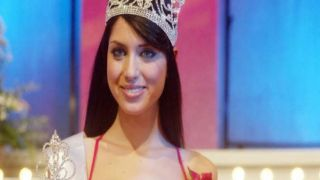 Королева красоты... с министерским портфелем!