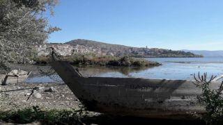 Знаменитое озеро Касторьи иссыхает (фото)