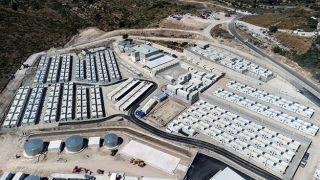 Министр открыл новый лагерь для мигрантов на Самосе