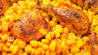 Вкусный нут с курицей и овощами в духовке