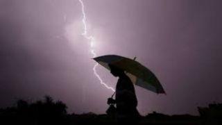 Мужчина погиб от удара молнии в Коринфии