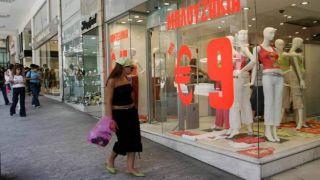 Владельцы магазинов разочарованы началом сезона летних скидок