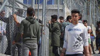 В Греции проживает около 5500 беспризорных детей-беженцев.