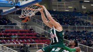 Греческие гранды баскетбола побеждают своих турецких визави