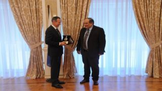 Владимира Путина наградили медалью Фракийского университета имени Димокрита