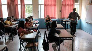 Премьер-министр: Открытие средней и старшей школы —  «следующий приоритет»