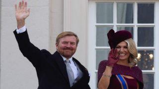 Король Нидерландов выражает сожаление по поводу прерванного семейного отдыха в Греции