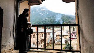 Монашеская республика продлила запрет на посещение до 20 апреля