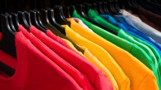 Греческая одежда пользуется спросом в Европе