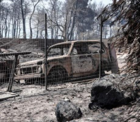 Пожар на Эвии: Подозреваемые, основной сценарий и множество вопросов