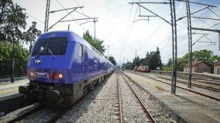 Экспресс-поезд Афины-Салоники вышел на маршрут