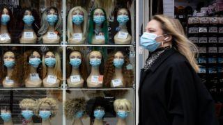 Европа без карантина снизила заболеваемость, что же не так в Греции