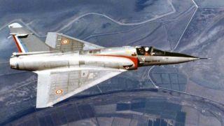 """Истребитель """"Мираж"""" ВВС Греции упал в море из-за неисправности"""