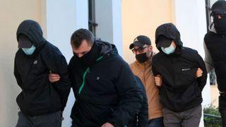 Братьев, зверски избивших сотрудника метро, отпустили домой