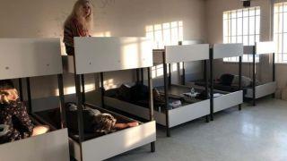 В Афинском аэропорту задержаны 17 украинцев, в том числе дети