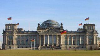 Германия отвергает греческий запрос на военные репарации