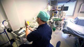 Парламент проголосовал за схему урегулирования задолженности для медицинских работников