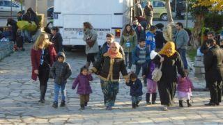 Правительство испытывает сложности в отношении мигрантов, опрос показывает скептицизм