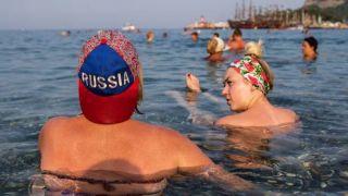 Около 10 000 российских туристов ожидает сегодня Турция