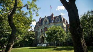 Университет Пенсильвании получил грант 6 млн $ , от фонда Ставроса Ниархоса