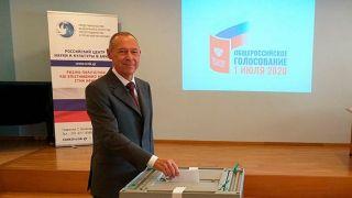 В Греции голосование по поправкам в Конституцию России проходит организованно - посол РФ