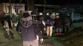 Жители Греции выступают против поселения мигрантов