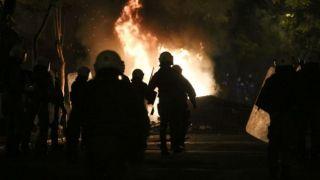 Анархисты напали на полицейских возле Эксархии