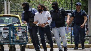 Депутат парламента Греции, обвиняемый в государственной измене, выпущен под залог