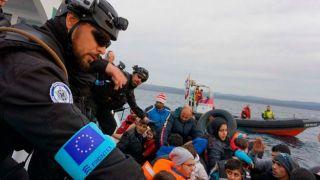 Frontex критикуют за предотвращение нелегального пересечения границы Греции