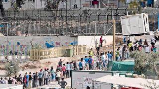 Почти 4000 мигрантов прибыли Греции за 2 недели сентября