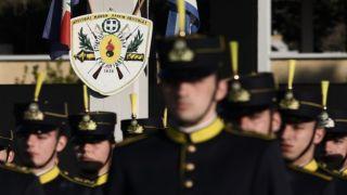 Греция объявила о допнаборе военных курсантов