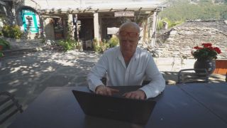 Греческая деревня в онлайн