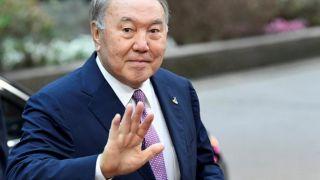 Назарбаев покинул свой пост через 30 лет...но