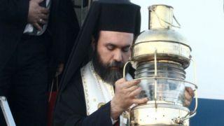 Святой Огонь в Великую субботу доставят в 14 мест Греции