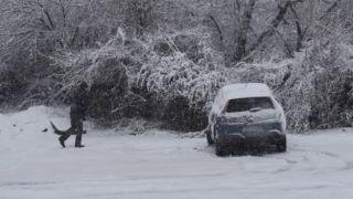 Снег выпал в Греции, ожидаем третью волну холодов