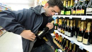 Поймана воровская шайка, грабившая супермаркеты