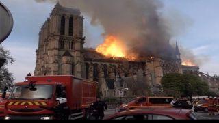 Обнародовано видео, указывающее на  поджог Нотр-Дама