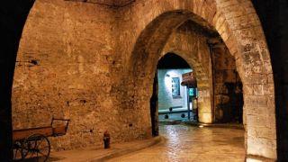 Янина: один из немногих жилых замков Греции