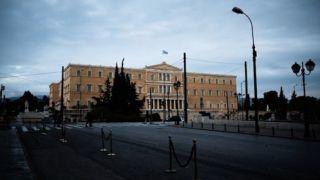 Карантин: Афины превратились в город-призрак