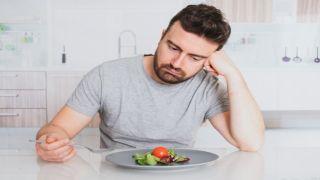 Три из 10 греков говорят «нет» привычным развлечениям и отдыху