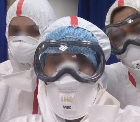 Коронавирус: как минимум 90 зараженных медработников, еще 400 в карантине