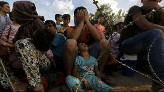 Около 200 мигрантов прибыли через реку Эфрос в Грецию из Турции во вторник