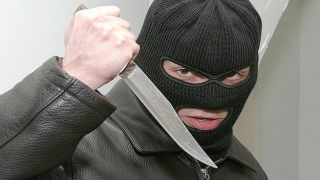 Обезврежена банда, совершившая более 100 грабежей