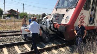 Трагедия в Диавате: Беременная погибла при столкновении автомобиля и поезда