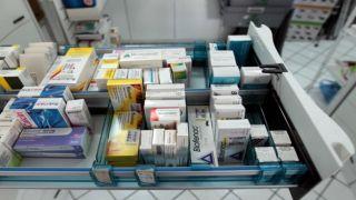 Греция: фармацевты предупреждают о запрете и нехватке новых препаратов
