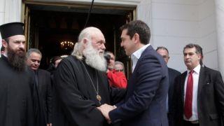 Споры по поводу соглашения между Элладской церковью и государством накаляются