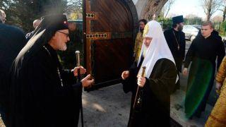 Ответка за Украину? Почему Парижская епархия выбрала воссоединение с РПЦ