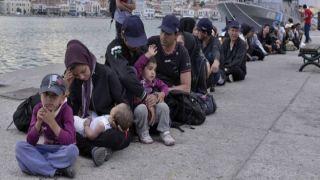 Хаос на греческих островах: 2000 нелегалов прибыло за 15 дней!